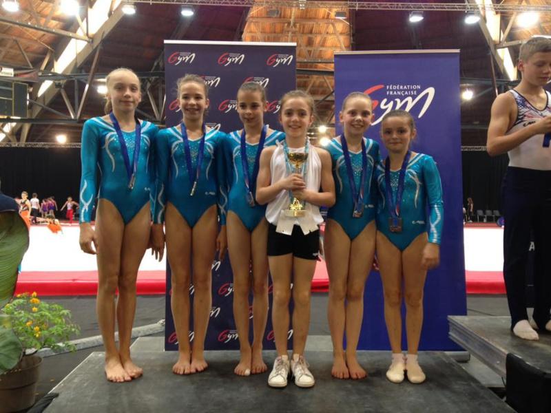 ELLES L'ONT FAIT !  L'AMGA vice champion de France en gymnastique féminine,  division nationale 10-13 ans.