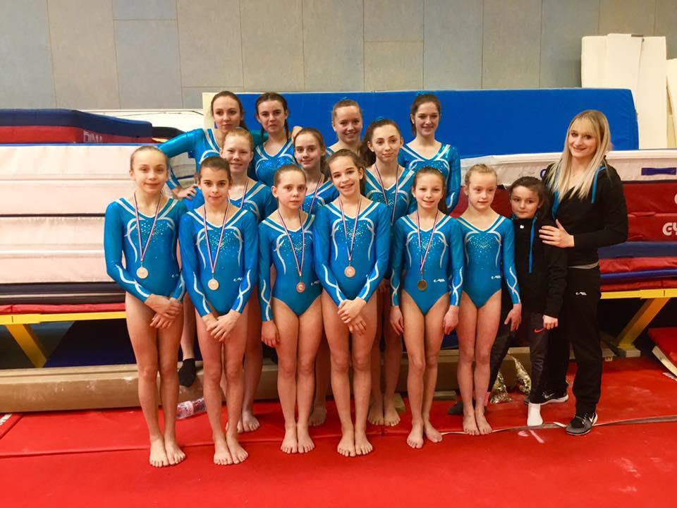 Gymnastique Artistique féminine Performance par Equipe : Finale Départementale Un titre de Champion Départemental et une 3ème place pour l'AMGA
